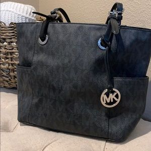 Michael Kors- Large Leather Logo Tote